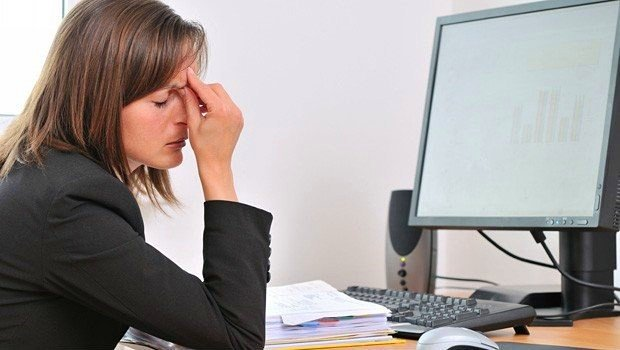Manual payroll processing and its dangers